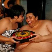 Самый толстый человек в мире худеет
