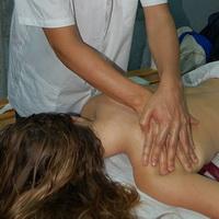 Медовый массаж, за и против
