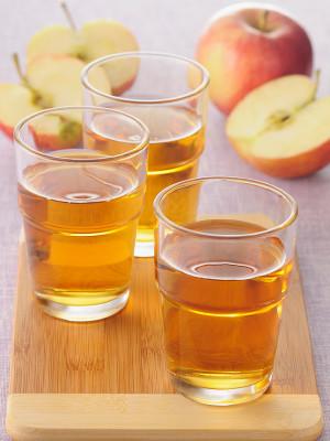 Какие соки можно давать пить ребенку?
