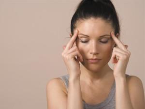При лечении шума в ушах важно устранить саму причину