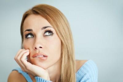 Можно ли сдавать мочу во время менструации?