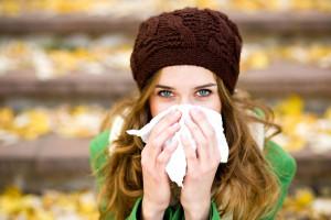 Симптомы синусита на первый взгляд напоминают простуду