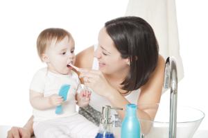 Молочные зубы требуют ухода