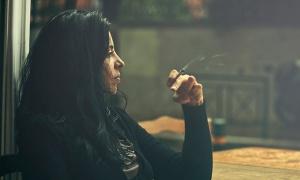 Большинство людей курят от безделья
