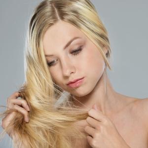 Выпадению волос могут предшествовать различные факторы