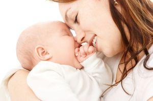 Для новорожденных детей опасно внутриутробное заражение