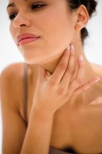 При беременности разрешено использовать только некоторые препараты от боли в горле