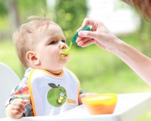 Детям при отравлении нужно пить больше жидкости