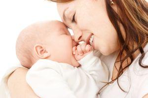 Лечение потницы зависит от соблюдения условий в уходе за кожей ребенка