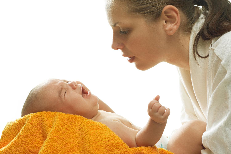Почему ребенок отказывается от грудного молока