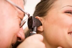 Возникновение отита обусловлено анатомическим строением уха