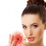 Жировики на лице: как избежать их появления?
