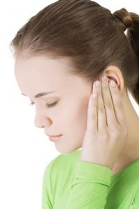 Болезни ушей связаны с поражениями слизистой горла и носа
