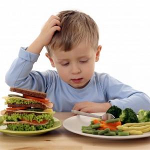 Появление болей связано с приемом жирной пищи