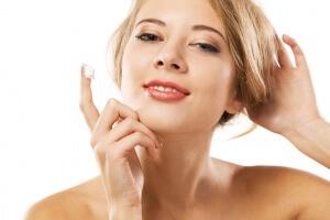 Уход за кожей в переходном возрасте требует знания нюансов