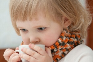В зависимости от состояния ребенка записываются к врачу