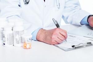 Антибиотики назначаются при наличии воспалительного процесса