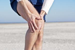 Боли могут сопровождаться сопутствующими симптомами