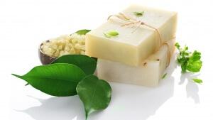 Хозяйственное мыло нормализует работу сальных желёз