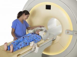Для МРТ ребенку должны быть показания