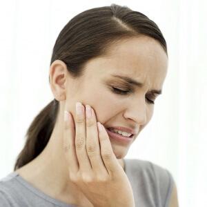 Развитию воспаления может способствовать кариес