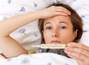 При ларингите часто повышается температура