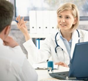 Пациент должен обследоваться у проктолога