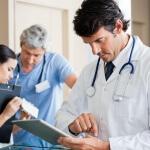 Чем снять боль при геморрое: какие средства помогут?
