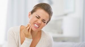 Зубная боль приносит огромный дискомфорт
