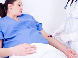 Снижению уровня гемоглобина способствует ряд факторов