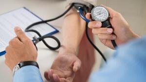 Гипертензия может быть симптомом другой болезни