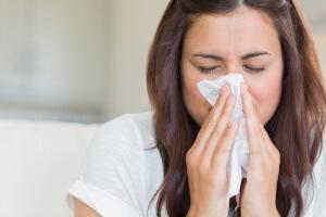 Промывание носа помогает поддерживать в норме слизистую оболочку