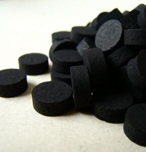 Активированный уголь активно применяется для лечения органов ЖКТ