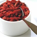 Полезные свойства ягод барбариса и методы их применения