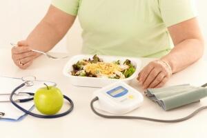 При высоком давлении нужно соблюдать правильное питание