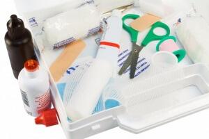 Отдельно нужно подготовить аптечку для новорожденного