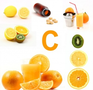 При простуде важно пить витамин С