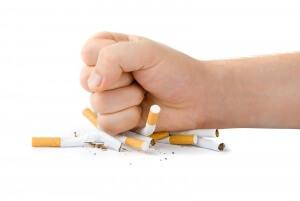 Восстановить здоровье органов дыхания после курения помогают определенные лекарства