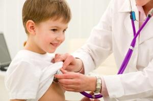 У детей старшего возраста сыпь может быть вызвана инфекционными болезнями