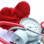 Как быстро сбить давление в домашних условиях: проверенные методы