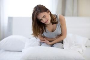 Диагностировать диарею можно по частым позывам к дефекации