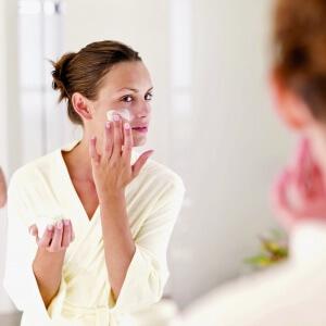 Крем и мазь Бепантен способны восстанавливать поврежденные участки кожи