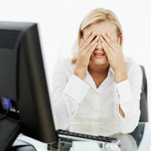 Точки перед глазами после долгого сидения за компьютером воспринимать за болезнь не нужно