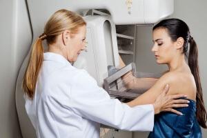 Диффузный фиброз может поражать обе молочных железы