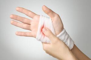 Остановить капиллярное кровотечение можно различными методами
