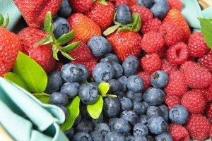 Фрукты и ягоды – источник здоровья мозга