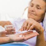 Как снять приступ аритмии: народные методы воздействия и первая неотложная помощь